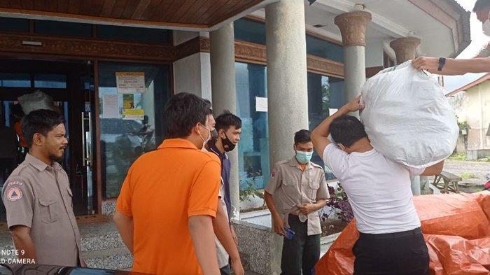 Penyerahan Bantuan dari PT Refined Bangka Tin kepada BPBD Provinsi Kepulauan Bangka Belitung dan Polda Kepulauan Bangka Belitung Rabu (1/9/2021)