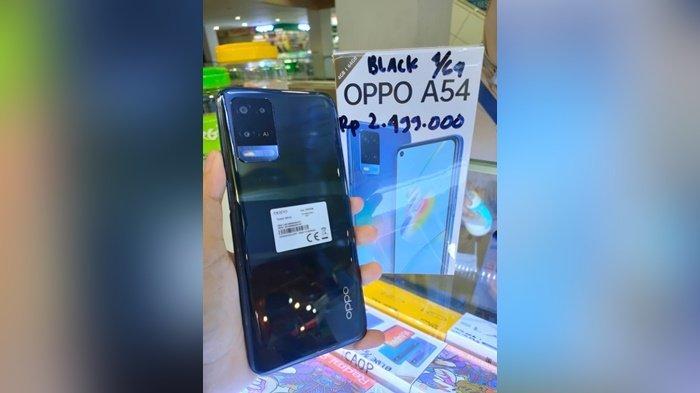 Tampilan Handphone Oppo di Eos Digital Lantai 2 Bangka Trade Center (BTC) Pangkalpinang.