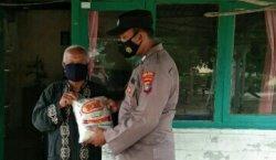Polres Babar Bagikan Masker dan Bansos, Wujud Kepedulian di Tengah Pandemi Covid-19
