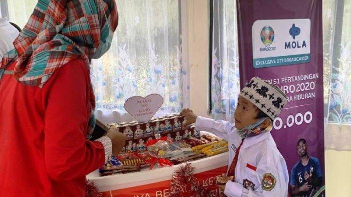 Peringati Hari Pelanggan Nasional, Telkom Witel Babel Berikan Pelayanan Maksimal dan Berbagi Snack