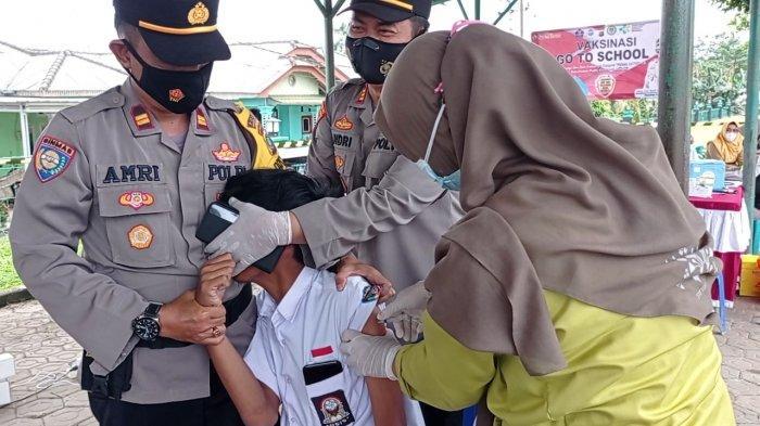 Dinkes Targetkan Suntik Vaksin 300 Siswa SMP Pangkalpinang Setiap Hari