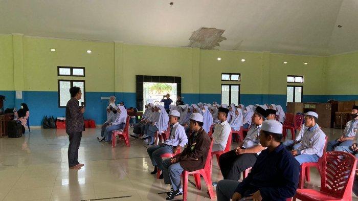 Prodi Psikologi Islam IAIN SAS Babel Laksanakan Pengabdian Masyarakat di Ponpes Nurul Falah