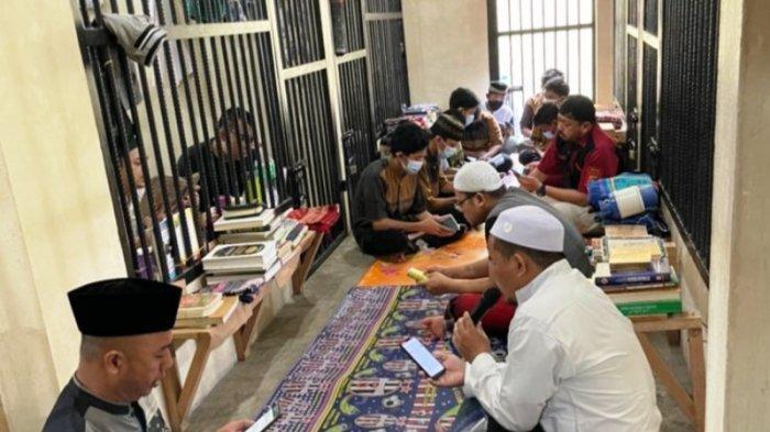 Motivasi Tahanan Balik ke Jalan Benar, Sat Tahti Polres Pangkalpinang Pengajian Bersama Tahanan
