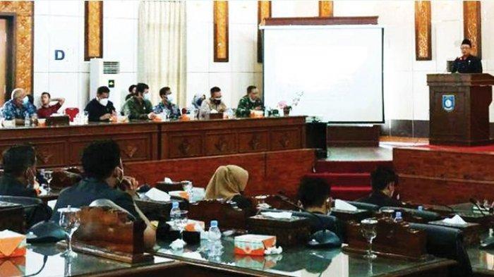 DPRD Kabupaten Bangka Barat membahas lima agenda dalam Rapat Paripurna yang berlangsung Jumat (10/9)