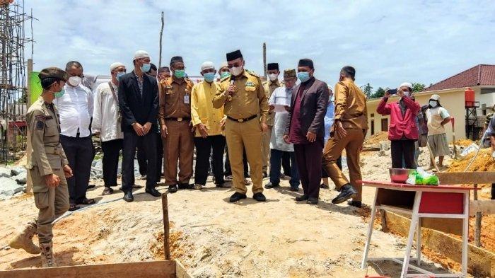 Erzaldi Melakukan Peletakan Batu Pertama Ponpes Takhfizul Qur'an Al Mansyur