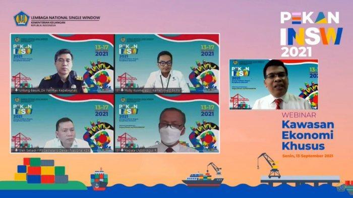 Menteri Koordinator Bidang Perekonomian Airlangga Hartarto saat memberikan keynote speech dalam acara webinar bertajuk Kebijakan, Implementasi, dan Manfaat Kawasan Ekonomi Khusus Sebagai Strategi Akselerasi Pemulihan Ekonomi Nasional, Senin (13/9).