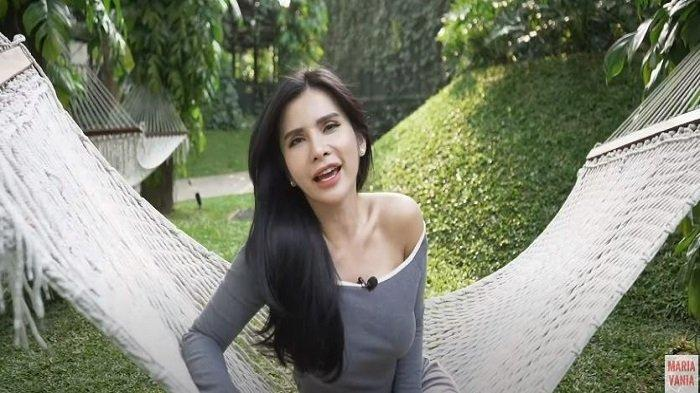 Maria Vania Blak-blakan Soal Tato di Tubuh Mulus Dirinya, Ini Makna Gambar Kupu-kupu di Punggung