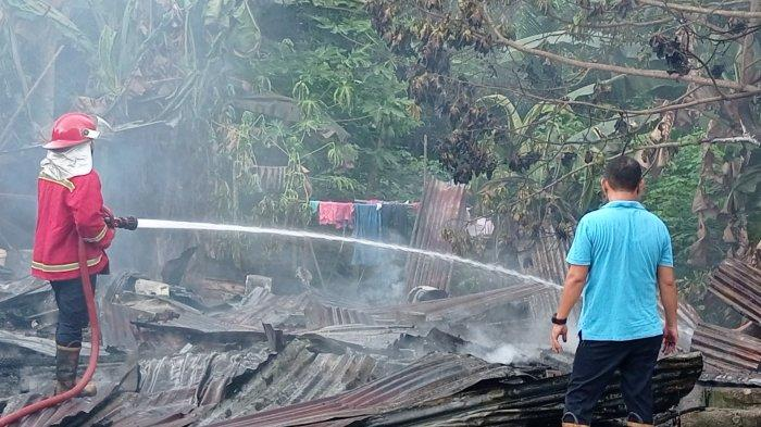 Reza Berlinang Airmata Rumahnya Hangus Terbakar, Sedih Lihat Ijazah Anaknya Sudah jadi Abu