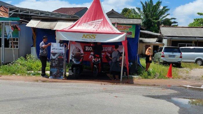 Roadshow dilakukan di area POM bensin Air Ruay