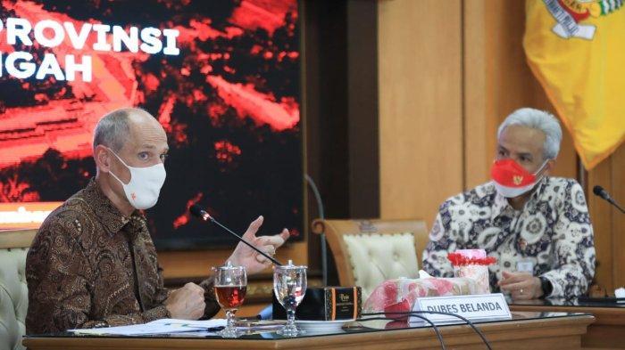 Dubes Belanda bersama dengan Gubernur Jawa Tengah Bahas Soal Banjir dan rob di sekitar pesisir utara Jawa Tengah memang menjadi pekerjaan rumah yang belum terselesaikan.
