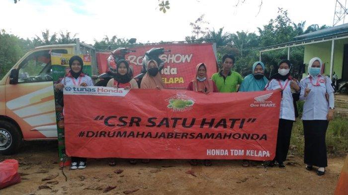 TDM Kelapa Sukseskan CSR di Tempilang, Ada Riding Test yang Berhadiah Direct Gift