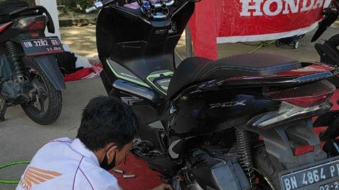 Lima Menit Cepat Bebas Antre, Honda NSS Pangkalpinang Gelar Servis GO FAST Ganti Oli