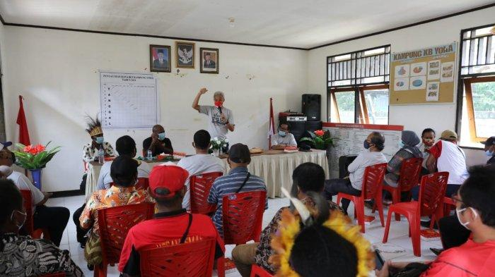 Warga Kampung Yoka di Papua Senang Saat Didatangi Ganjar