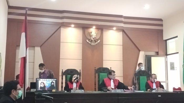 Kompak Konsumsi dan Edarkan Sabu, Ike dan Nani di Vonis 4 Tahun 6 Bulan Penjara