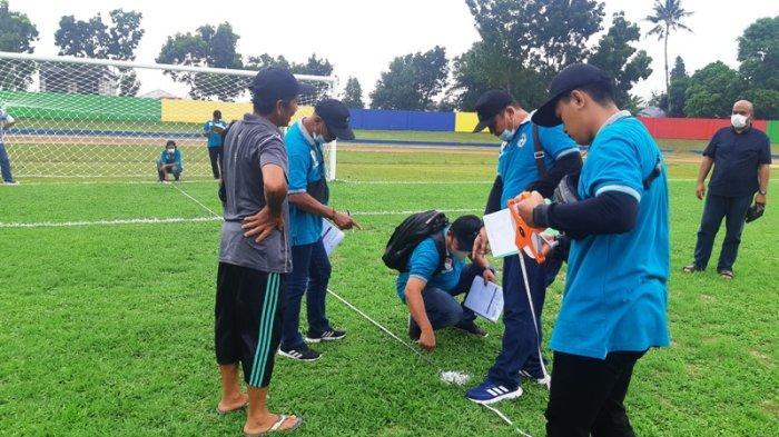 Asprov PSSI Babel Berikan Beberapa Catatan Usai Memverifikasi Stadion Pangkal Lalang Belitung