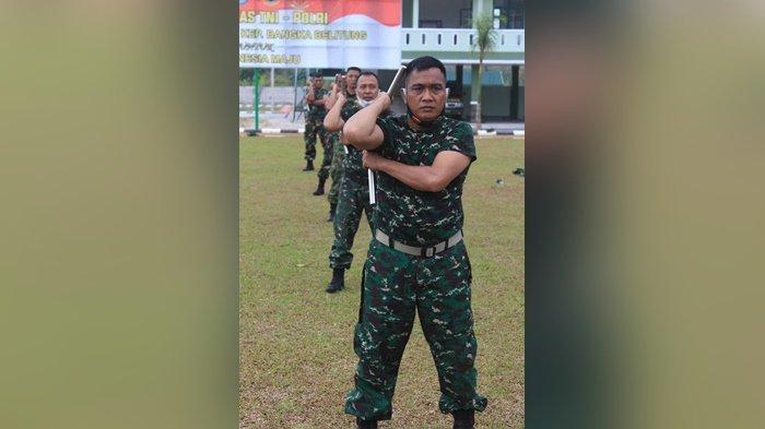 Prajurit Korem 045 Gaya Dibekali Ilmu Bela Diri dan Keterampilan Menggunakan Double Stick
