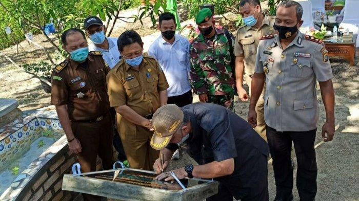 Peresmian Sekolah Alam Taman Wisata Edukasi Muntok oleh Bupati Bangka Barat, H. Sukirman