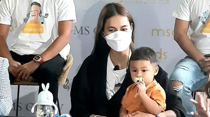 Anak Baim Wong dan Paula Verhoeven Terinfeksi Flu Singapura, Muncul Bintik Merah Tertular dari Kolam