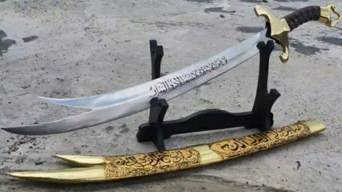 Pedang Zulfikar Setara 1000 Prajurit Diwariskan Nabi Muhammad Kepada Ali Bin Abi Thalib