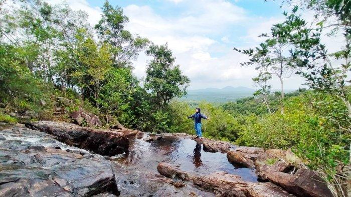 Objek Wisata Alam di Negeri Laskar Pelangi  yang Memanjakan Mata