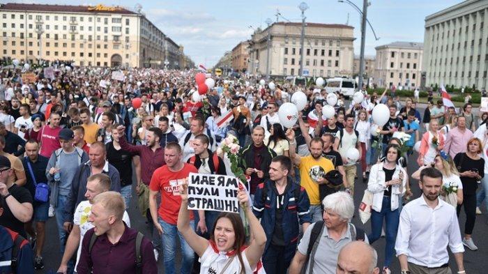 Kisah Kebrutalan Aparat di Belarusia 'Mereka Dipaksa Berlutut dan Setengah Telanjang'