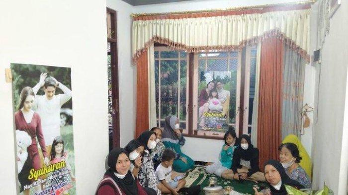 Emak-emak Syukuran hingga Bikin Banner Rayakan Aldebaran dan Andin Batal Cerai