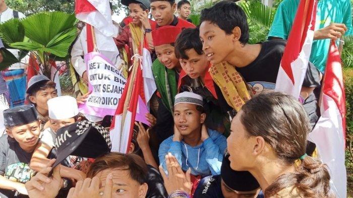 Jawaban Lugu Anak-anak Peserta Aksi 212 di Monas, Singgung Soal Korupsi dan Bayar Utang Jokowi