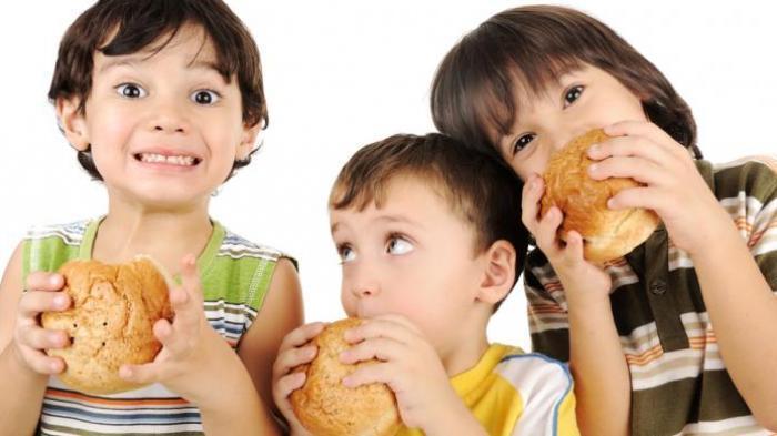 Ingin Otak Anak Anda Cerdas? Coba Makan 6 Makanan Ini Secara Rutin