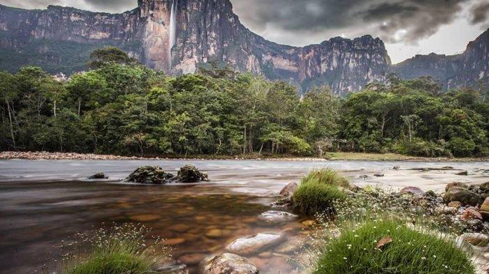 Air Terjun Mempesona di Dunia, Berselimut Awan dan Jadi Lokasi Favorit Syuting Film Disney
