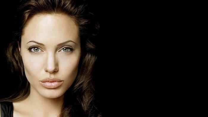 6 Trik Sederhana Ini Bikin Bibirmu Terlihat Lebih Penuh