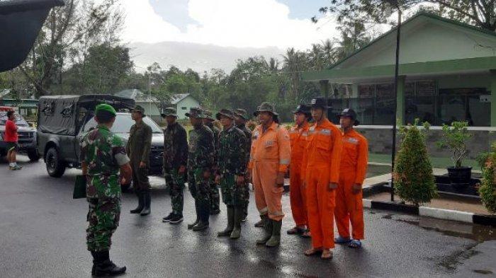 Laskar Sekaban dan Kompi B 141 AYJP Semprotkan Disinfektan di Desa Bukit Layang