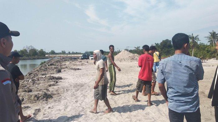 Polres Pangkalpinang Minta Bantuan Perahu Nelayan Bongkar Ponton