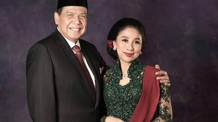 Chairul Tanjung bersama Istri
