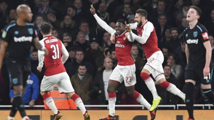 Arsenal Melenggang ke Semifinal