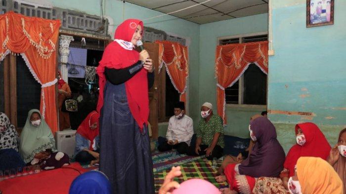 H Riza-Debby Akan Naikkan Tunjangan Guru Honorer Jika Menang Pilkada