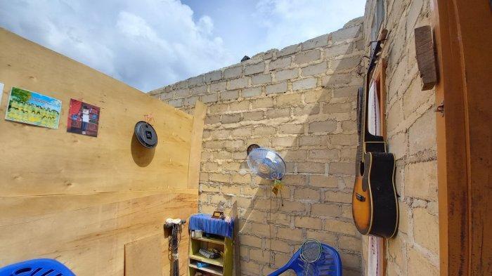 Atap Rumah Melayang, Merodi Terpaksa Boyong Anak dan Istri Mengungsi, Begini Kisahnya