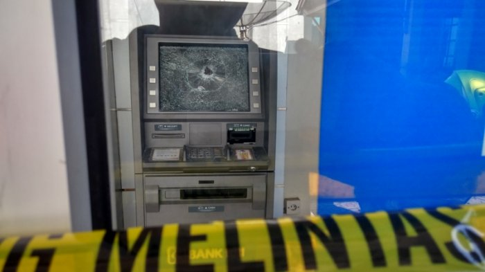 Alami Gangguan Jiwa, Pelaku Pecahkan Monitor ATM Gunakan Pipa Besi