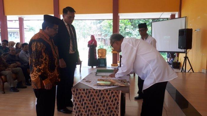 AMB Ingin Jadi Politeknik, Ketua Yayasan: Lulusan Sarjana Umum dengan Lapangan Kerja Tak Berimbang