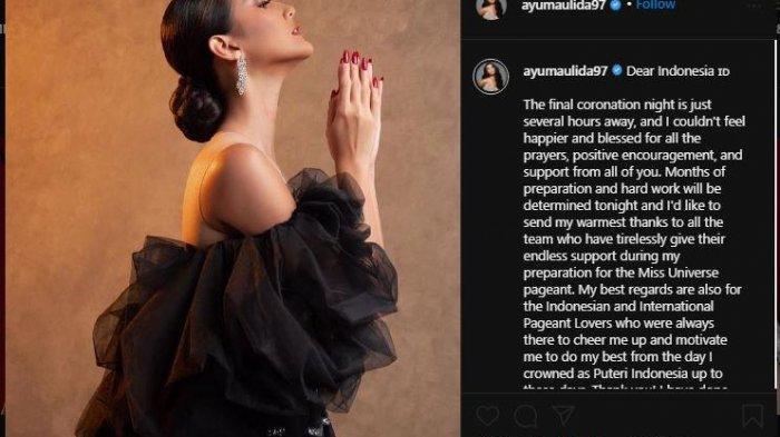 Ayu Maulida mengunggah potret dirinya dalam balutan gaun hitam