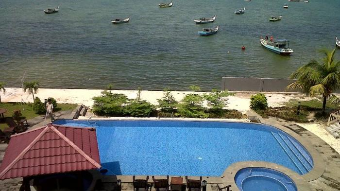 Wow, Indahnya View Pantai dari Kamar Hotel di Belitung Ini