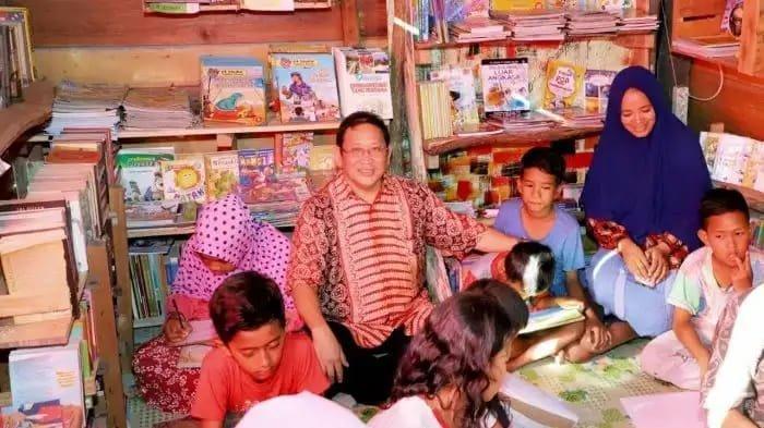 Bahar Buasan Dorong Orang Tua Ciptakan Ekosistem Membaca Bagi Anaknya