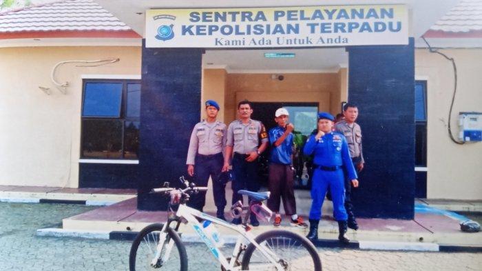Kakek Usia 62 Tahun Ini Ingin Keliling Bangka Belitung Bersepeda