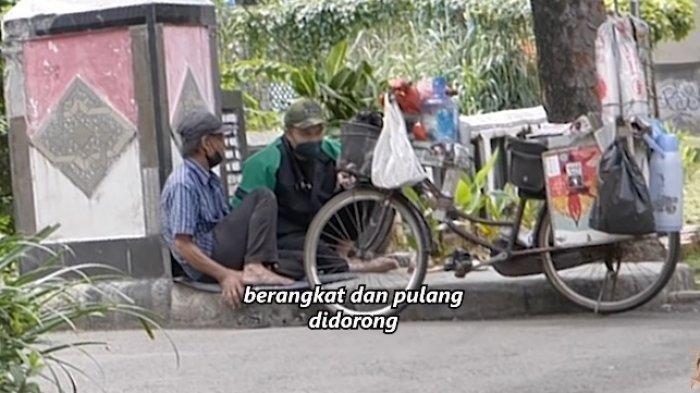 Baim Wong Bikin Penjual Kopi ini Menangis Setelah Memberi Uang Segepok, Suami Paula Dapati Fakta Ini