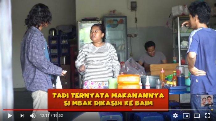 Reaksi Baim Wong Saat Dicuekin Penjual Mie Ayam dan Pedagang Pecel Lele Tolak Uang Rp 5.000