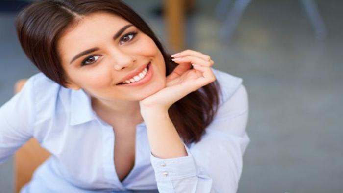 Hai Ladies Selalu Gagal saat Wawancara Kerja? Coba Pakai Baju Model Ini