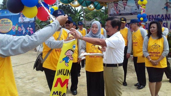 Kampanye Imunisasi MR Ditandai Pelepasan Balon
