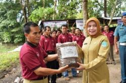Remaja Masjid Baitul Muhajirin Bentuk Bank Sampah