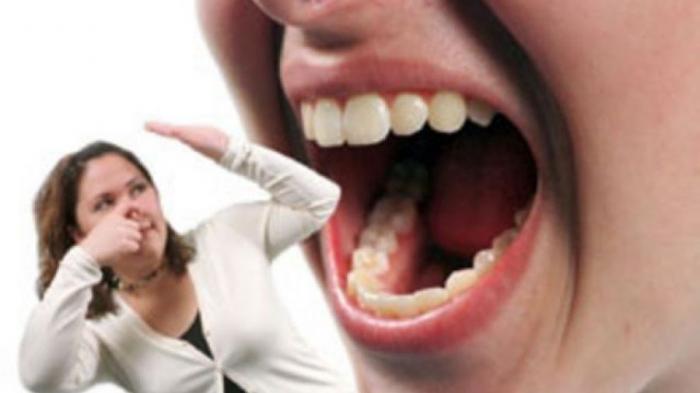 8 Tips, Cara Ampuh Mencegah Bau Mulut Selama Menunaikan Ibadah Puasa