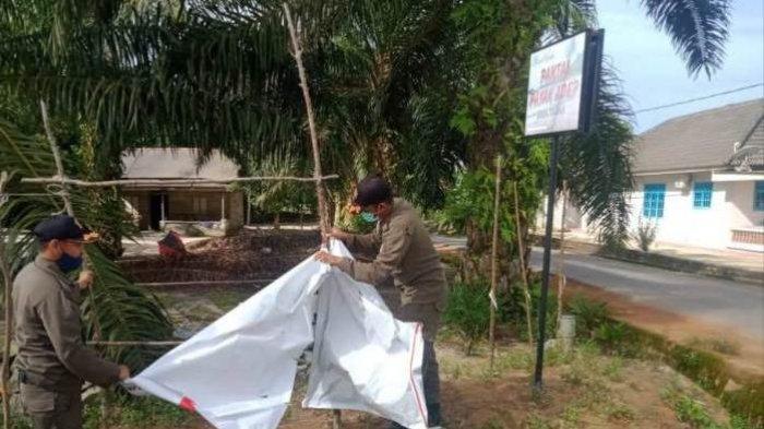 Bawaslu Bangka Tengah Tertibkan Ratusan APK Paslon yang Melanggar
