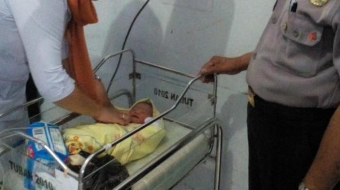 Bayi Dibuang di Semak Belukar, Mulutnya Dilakban